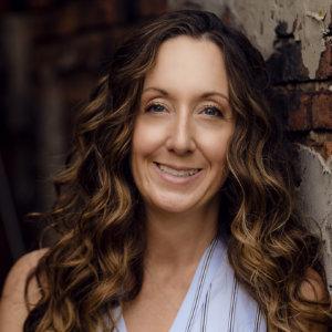Dr. Jennifer Salerno